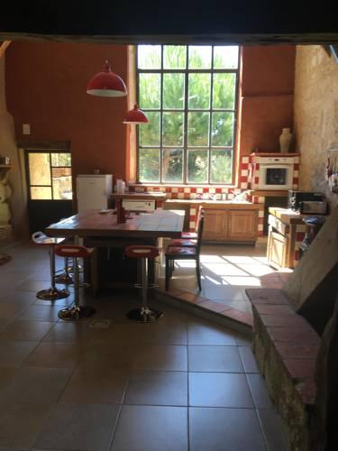 Gite de la Commanderie : Guest accommodation near Bonas
