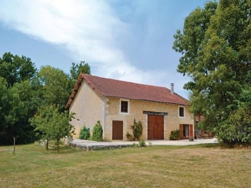 Holiday Home La Roue De Chatelard : Guest accommodation near Saint-Estèphe