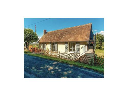 Three-Bedroom Holiday Home in Sarlande : Guest accommodation near Angoisse