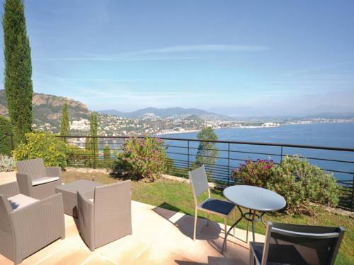 Holiday Home Theoule sur Mer with Sea View 06 : Guest accommodation near Théoule-sur-Mer