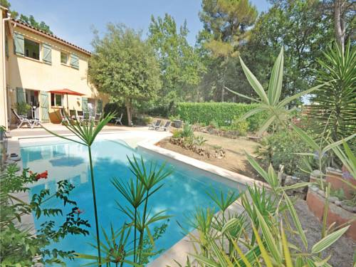 Holiday Home chemin 10 : Guest accommodation near Roquefort-les-Pins