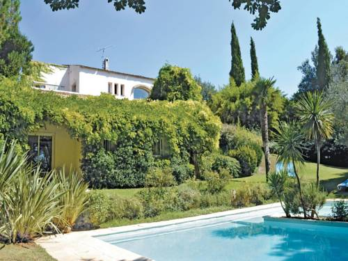 Holiday Home Biot Chemin Des Soullieres : Guest accommodation near Biot
