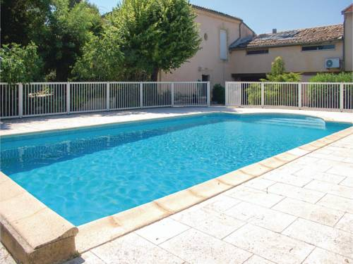 Six-Bedroom Holiday Home in Montagnac : Guest accommodation near Aumes