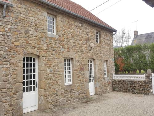 Holiday Home Tourville sur Sienne with Fireplace 11 : Guest accommodation near Agon-Coutainville