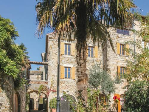 Five-Bedroom Holiday Home in Vinezac : Guest accommodation near Vinezac