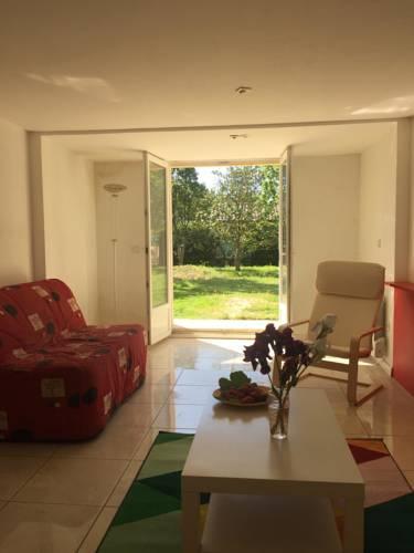 Vacances aux portes de la Camargue : Guest accommodation near Saint-Gilles