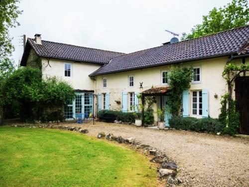Les Chênes Pieux : Guest accommodation near Eauze