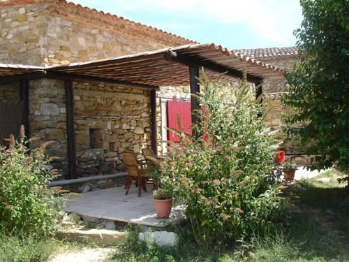 Le Clos du Tuilier : Guest accommodation near Vachères