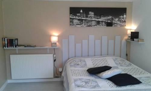 Maison familiale : Guest accommodation near Genestelle
