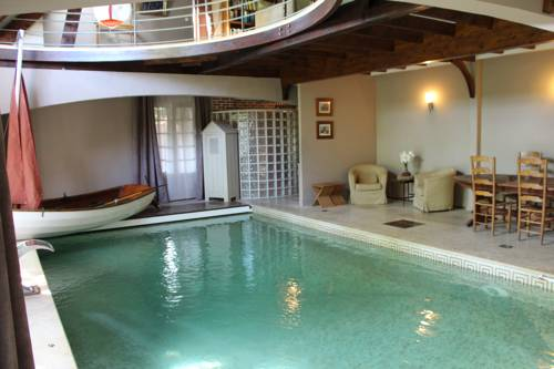 Les Jardins Carnot : Guest accommodation near Retheuil