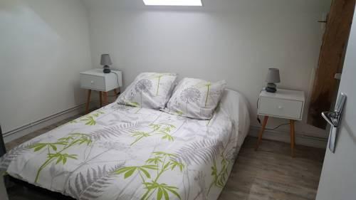 Chez flo : Guest accommodation near Le Bouchaud