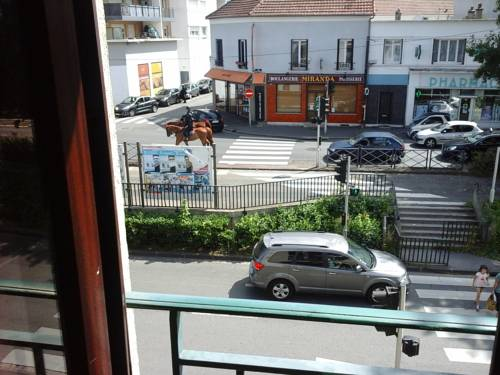 Appartement JANE : Apartment near Gournay-sur-Marne
