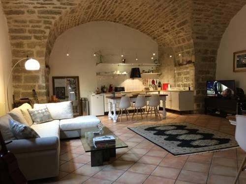 La Porte Rouge : Apartment near Pézenas
