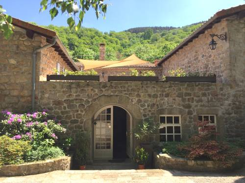 le Moulinage Chabriol : Guest accommodation near Saint-Pierreville