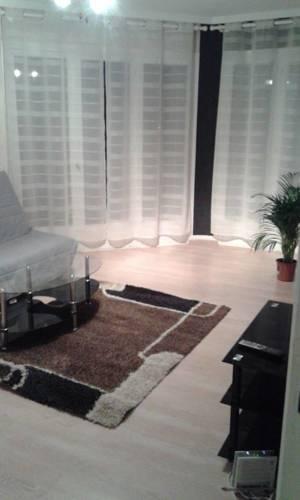 Appartement rue de Constantine : Apartment near Creuzier-le-Vieux