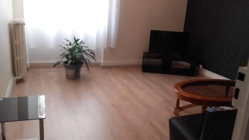 Appartement Rue de Vingre : Apartment near Creuzier-le-Vieux