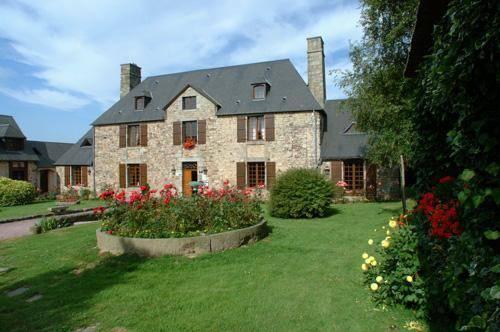 Manoir De L'Acherie : Hotel near Villedieu-les-Poêles