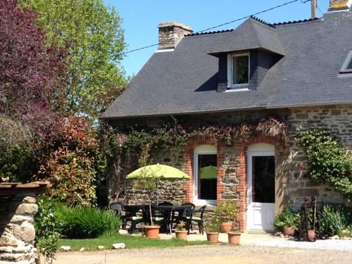 La Ville de Mainguy : Guest accommodation near Saint-Malo-des-Trois-Fontaines