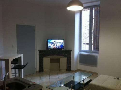 Appartement Plein Centre sans ascenseur : Apartment near Saint-Privat
