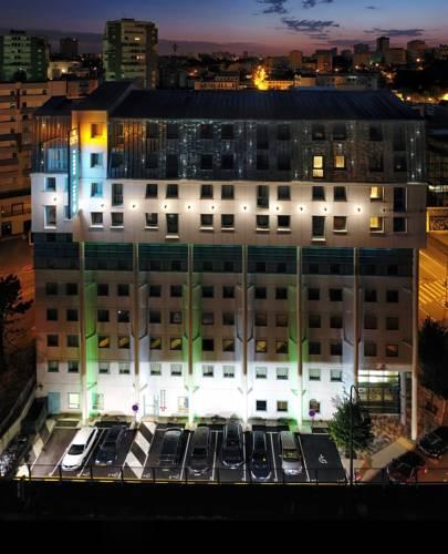 Hotel Reseda : Hotel near Paris 20e Arrondissement