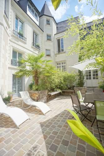 Le Gîte du Vieux Tours - 4 appartements de standing : Hotel near Centre