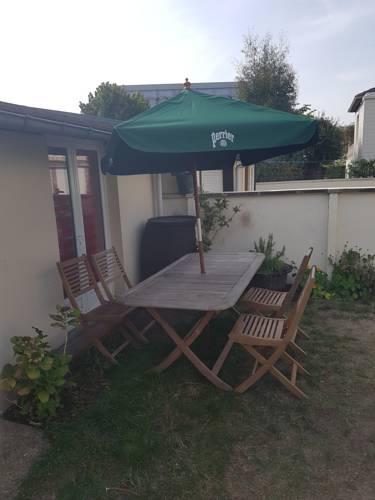 La Petite Dependance : Guest accommodation near Amfreville-la-Mi-Voie