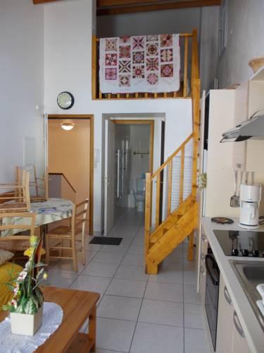 Studios Castellane : Apartment near Demandolx