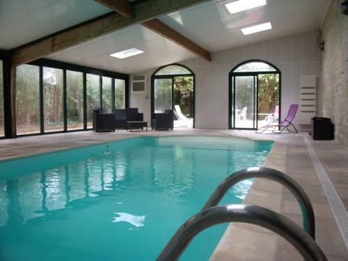 La Parenthèse avec piscine - les impressionnistes : Guest accommodation near Chauvry