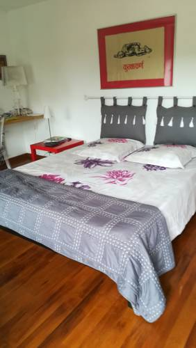 La Chambre du Meunier : Bed and Breakfast near Saint-Genis-sur-Menthon
