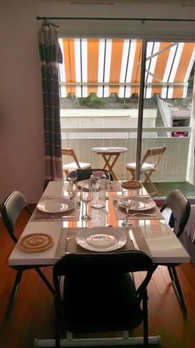 Studio Petit Navire : Apartment near Castillon