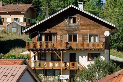 gite les rochettes : Guest accommodation near Lélex