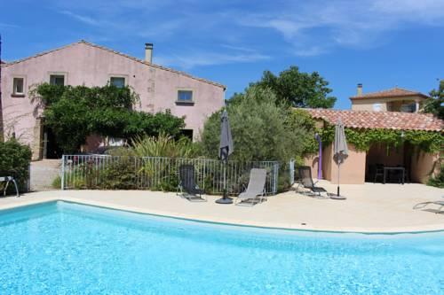 la villa rose : Guest accommodation near Adissan