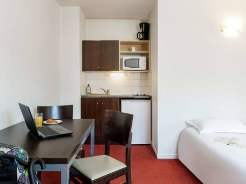 Aparthotel Adagio Access Lille Vauban : Guest accommodation near Lille