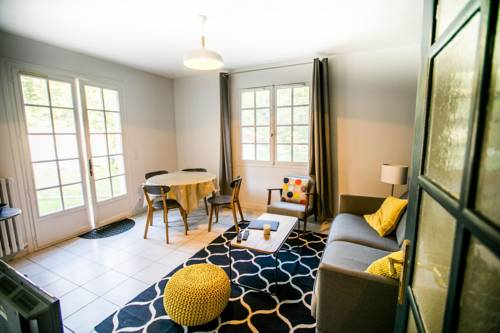Magnolia Cottage : Guest accommodation near Sartrouville
