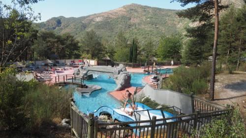 Camping RCN Les Collines de Castellane : Guest accommodation near Demandolx
