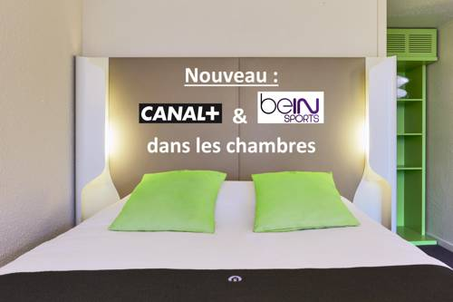 Campanile Saint Quentin : Hotel near Dallon
