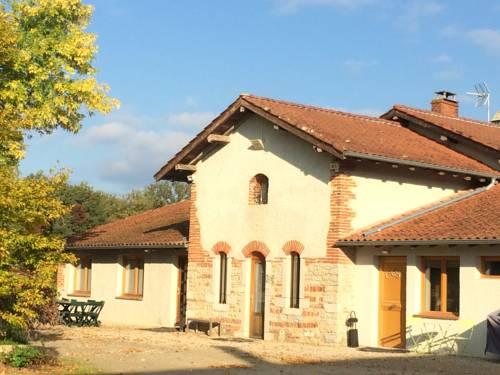 Gite du Four a Pain : Guest accommodation near Marlieux