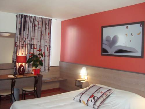 Ace Hotel Poitiers : Hotel near Nieuil-l'Espoir