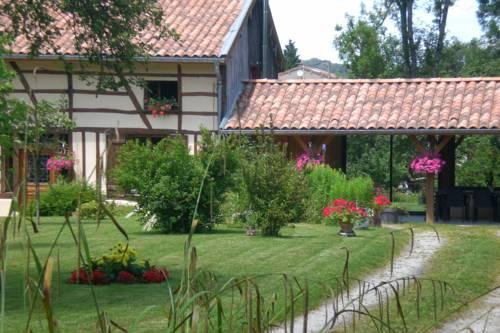 La maison du bûcheron : Bed and Breakfast near Dommartin-Dampierre