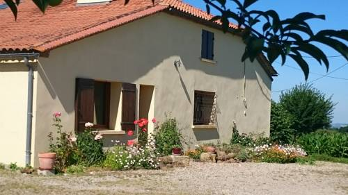 Cachette Anglaise : Bed and Breakfast near Cours-les-Bains