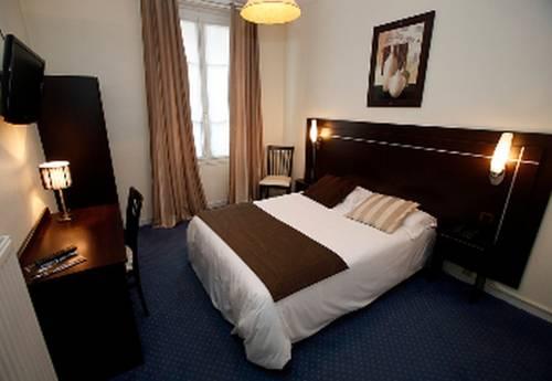 Hôtel Le Home Saint Louis : Hotel near Les Loges-en-Josas