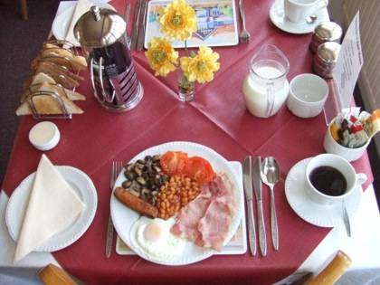 A Taste of England : Bed and Breakfast near Fouesnant
