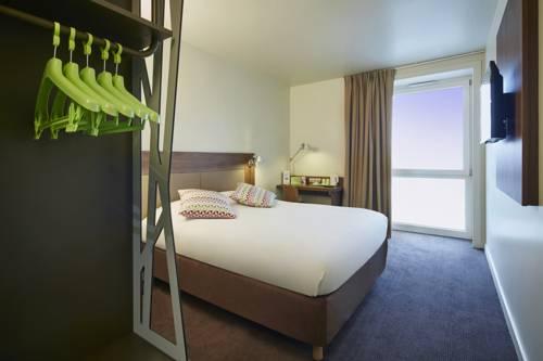 CAMPANILE PARIS SUD - Saclay : Hotel near Gometz-la-Ville