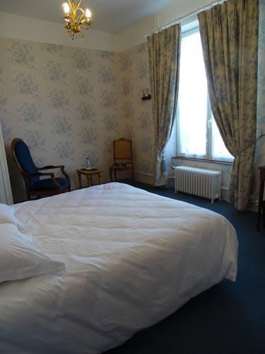 Hotel La Granitiere : Hotel near Saint-Vaast-la-Hougue