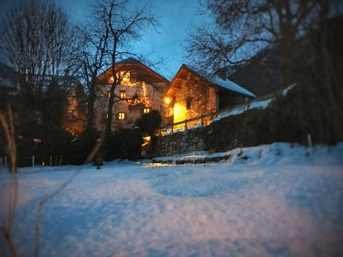 Gîte Le Cerf : Guest accommodation near Eygliers
