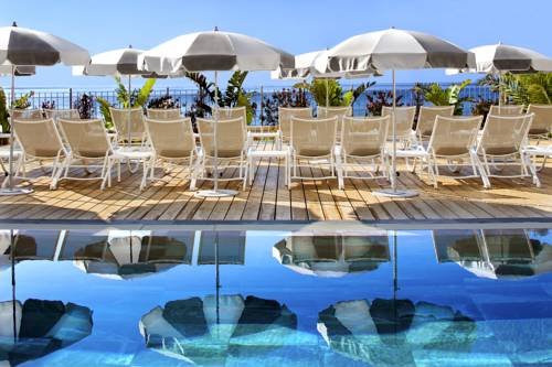 Grand Hotel Des Sablettes Plage, Curio Collection By Hilton : Hotel near La Seyne-sur-Mer