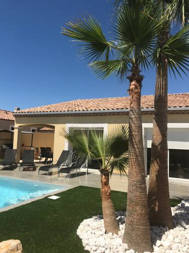 Villa Lola : Guest accommodation near Saint-Thibéry