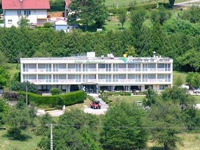 Logis Le Relais De La Vallee : Hotel near Lomont-sur-Crête