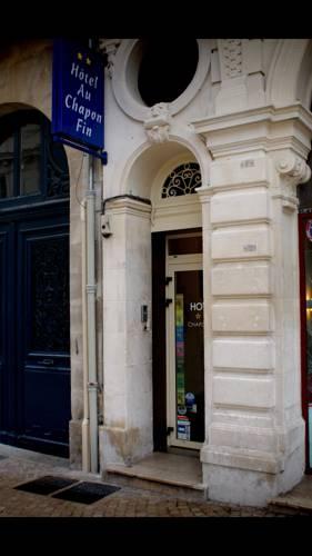 Hotel Au Chapon Fin : Hotel near Poitiers