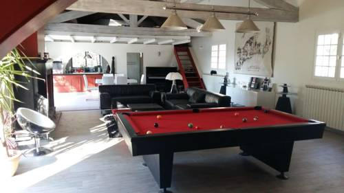 Villa Piscine De Charme : Guest accommodation near Argelliers
